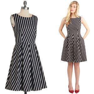 Modcloth Black White Ric Rac Stripe Dress W982